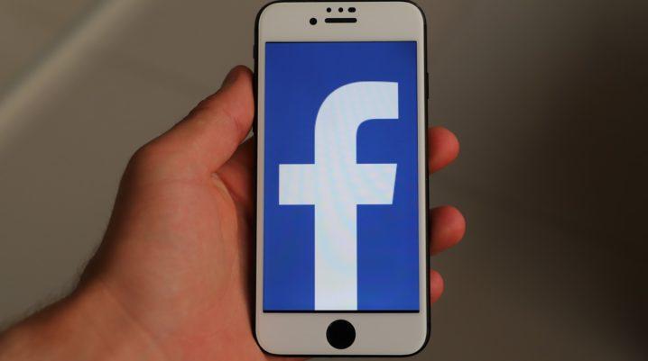 facebook error code 2 iphone